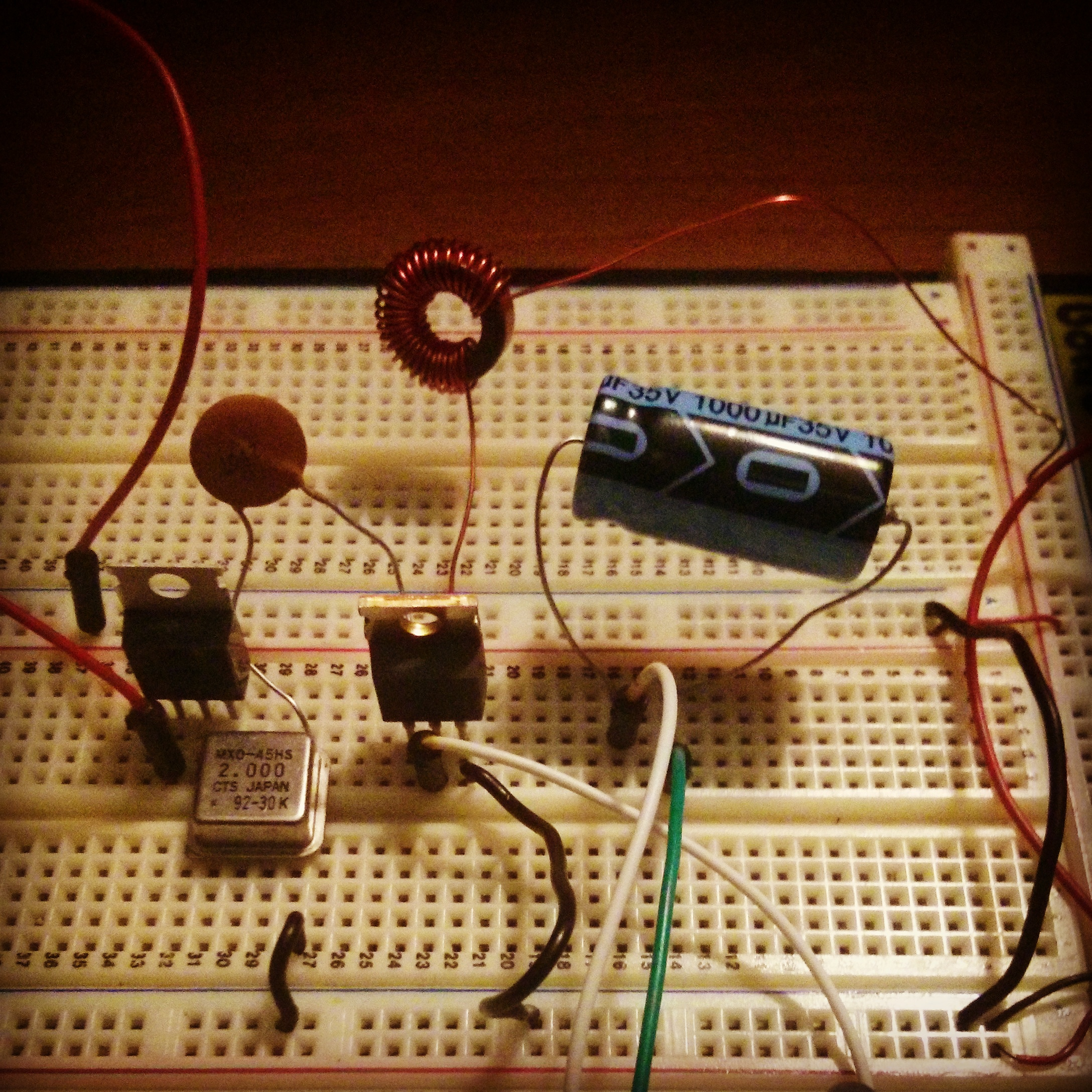 makeRF: More Fun With Crystal Oscillators: Amplifying RF
