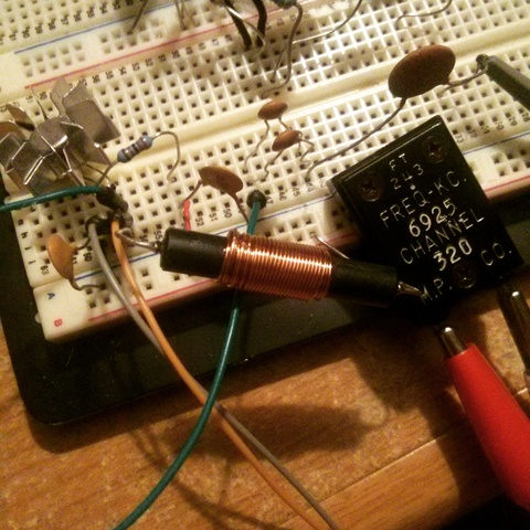 shortwave transmitter on breadboard